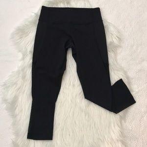Lululemon Cropped Leggings, Size 4, Mesh Details